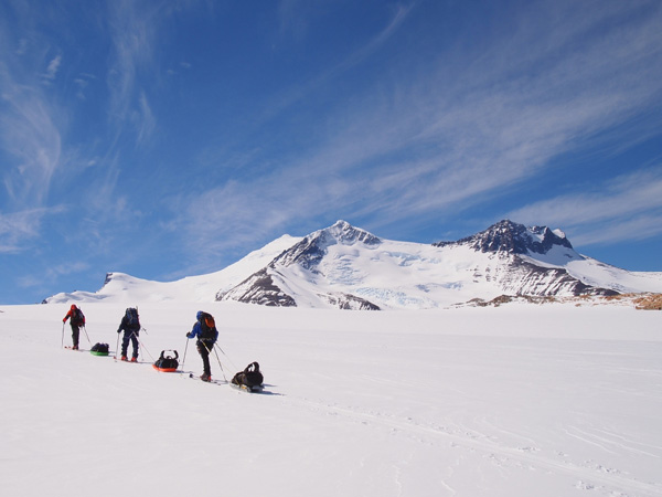 Conditions get better as the group heads towards Paso Marconi and the first objective - Gorra Blanca